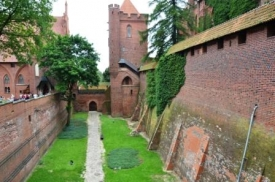 Marienburg/Malbork defense