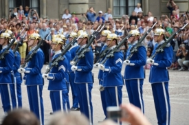 Changing the guards , Stockholm III